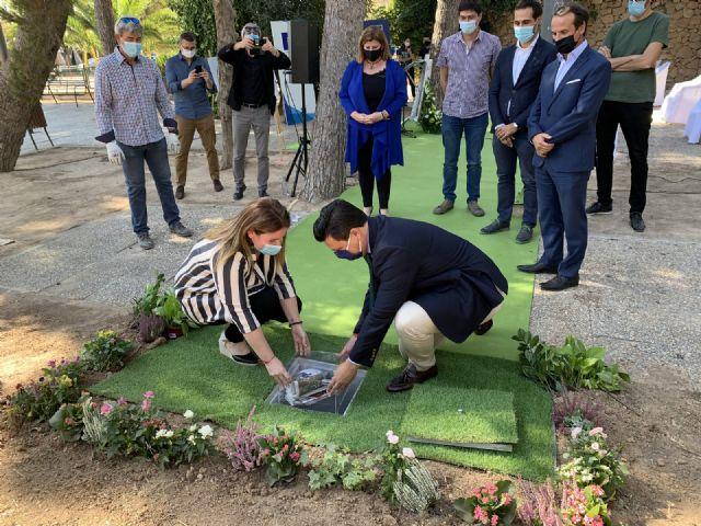 Las obras de remodelación del Parque Almansa  arrancan con la colocación de la primera piedra - 1, Foto 1