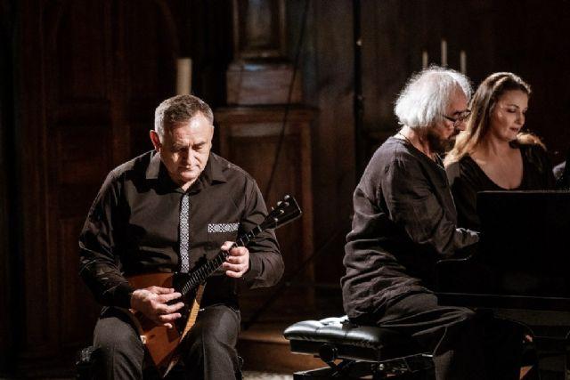 El Teatro Villa de Molina abre la programación de otoño con el espectáculo de música eslava y española BALALAÏKA Y PIANO A CUATRO MANOS el viernes 8 de octubre - 1, Foto 1