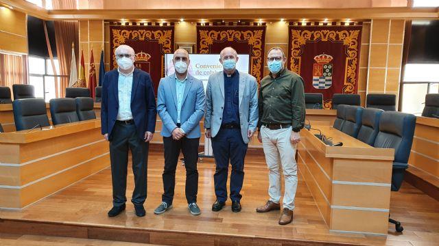 El Ayuntamiento de Molina de Segura firma un convenio con Cáritas para atender a personas en situación de vulnerabilidad en 2021 - 1, Foto 1