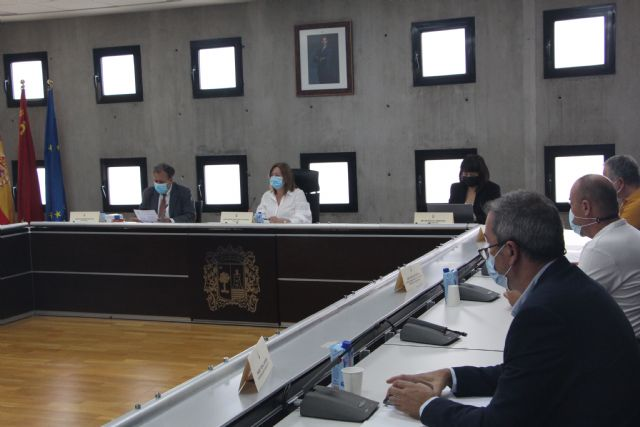 El Pleno de San Pedro del Pinatar aprueba la rebaja del tipo del IBI para 2022 hasta el 0,54% - 1, Foto 1