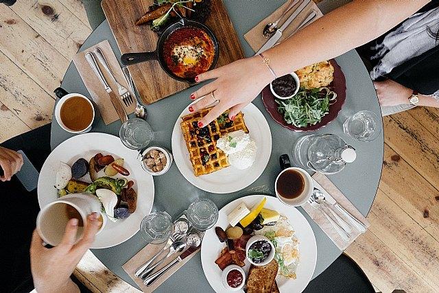 Las adolescentes de familias desfavorecidas se saltan más el desayuno - 1, Foto 1