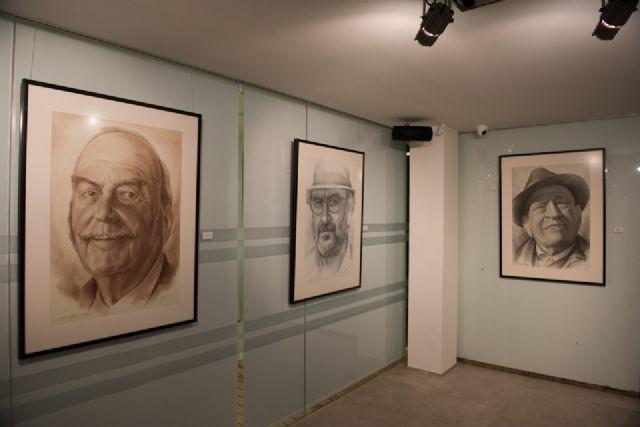 Emilio Villaescusa rinde homenaje a algunos de los rostros de personajes más populares de la región - 4, Foto 4