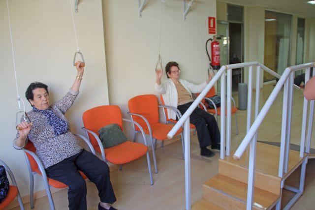 Más de 160 mayores practican gerontogimnasia en Puerto Lumbreras - 2, Foto 2