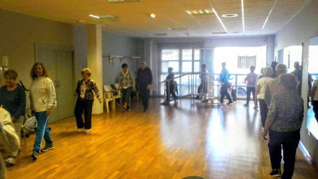Más de 160 mayores practican gerontogimnasia en Puerto Lumbreras - 3, Foto 3