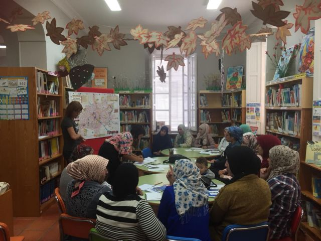 """They rewarded the library """"Mateo García"""", for the third consecutive year, in the XVIII Contest of the Campaign of Animation to Reading """"María Moliner"""", Foto 2"""