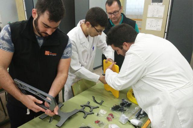 Nido Robotics y alumnos de Cartagena impulsan un robot submarino para retirar plásticos del mar - 1, Foto 1