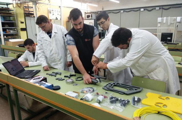 Nido Robotics y alumnos de Cartagena impulsan un robot submarino para retirar plásticos del mar - 2, Foto 2