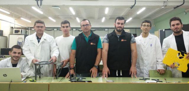 Nido Robotics y alumnos de Cartagena impulsan un robot submarino para retirar plásticos del mar - 3, Foto 3