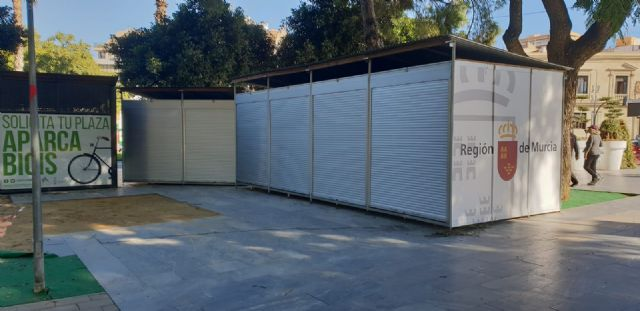 Cambiemos Murcia denuncia que aún no se han retirado las casetas de la Semana de la Ciencia y la Tecnología en el Malecón - 1, Foto 1