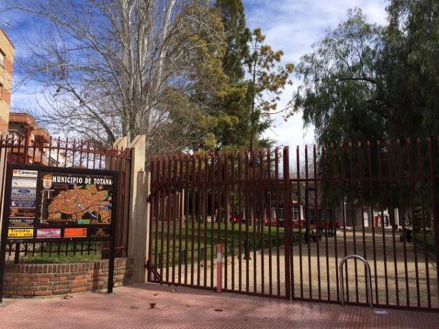 Mañana jueves y el viernes el parque municipal Marcos Ortiz permanecerá cerrado por trabajos de mantenimiento del recinto, Foto 2