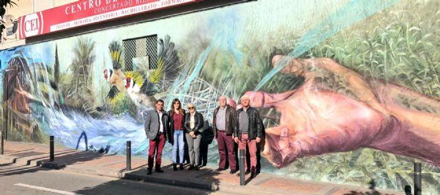 La Huerta y el Río Segura protagonistas de un mural en el barrio de San Antolín - 1, Foto 1