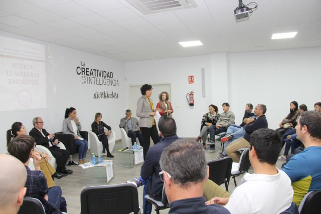 Puerto Lumbreras reúne a empresarios y emprendedores en una jornada informativa sobre ayudas y subvenciones - 2, Foto 2