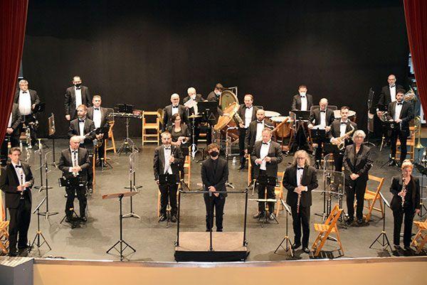 La Banda Sinfónica Municipal de Sevilla homenajea a la música valenciana - 2, Foto 2