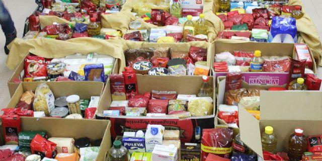 Trae alimentos no perecederos para Jesús Abandonado a los partidos ante Segovia y O´Parrulo y consigue material deportivo de ElPozo Murcia FS - 1, Foto 1