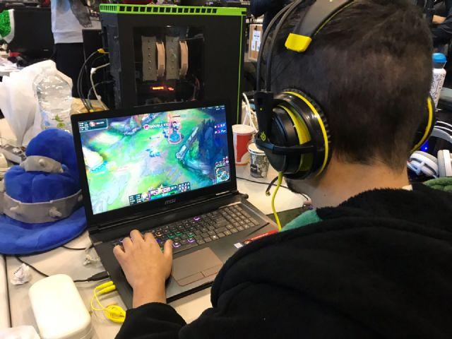 Más de mil jóvenes disfrutarán hasta el domingo de 94 horas ininterrumpidas de conexión a internet de 10 GB - 4, Foto 4