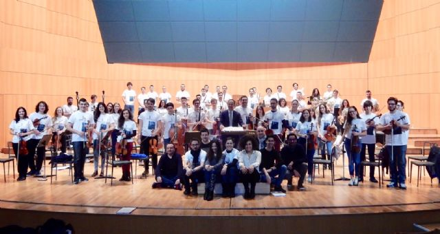 Los músicos de la Orquesta de Jóvenes de la Región de Murcia comienzan sus ensayos y talleres en el Auditorio regional, Foto 1