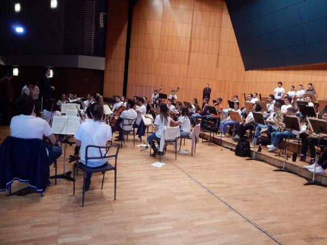 Los músicos de la Orquesta de Jóvenes de la Región de Murcia comienzan sus ensayos y talleres en el Auditorio regional, Foto 4