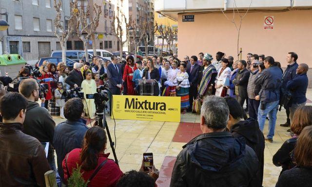 El mercado gastronómico y artesanal internacional Mixtura desembarca en el barrio del Carmen - 1, Foto 1