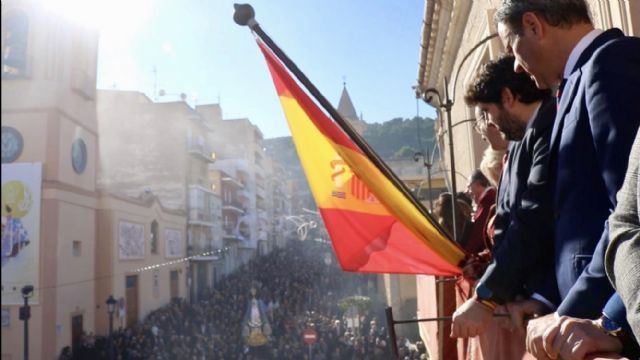 López Miras asiste a las fiestas patronales de Yecla en honor a la Purísima Concepción - 2, Foto 2