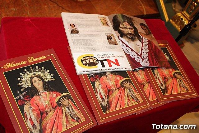 Se presenta el nº 2 de la revista Murcia Devota, cuya portada est� protagonizada por la Patrona de Totana, Santa Eulalia de M�rida, Foto 4