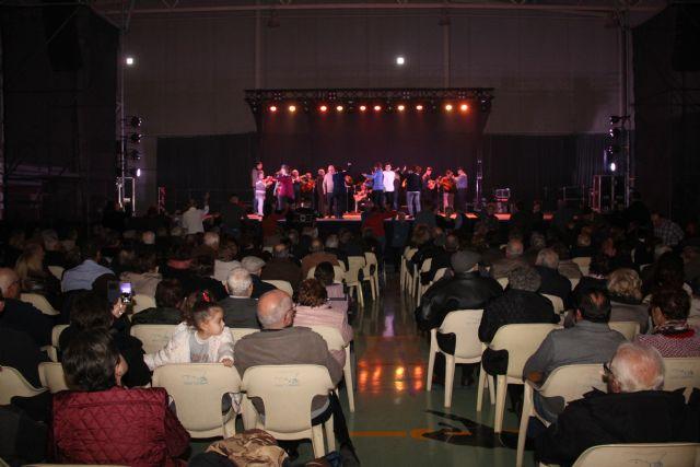 Medio millar de asistentes presencian el tradicional encuentro de cuadrillas de las Fiestas de El Esparragal-La Estación - 2, Foto 2