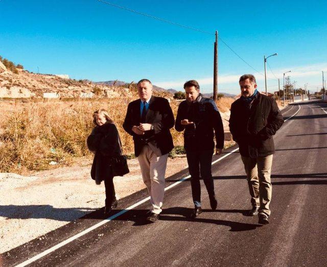 Bernabé celebra la inversión de tres millones de euros del Ministerio de Hacienda para la modernización de la red municipal de caminos de Lorca - 1, Foto 1
