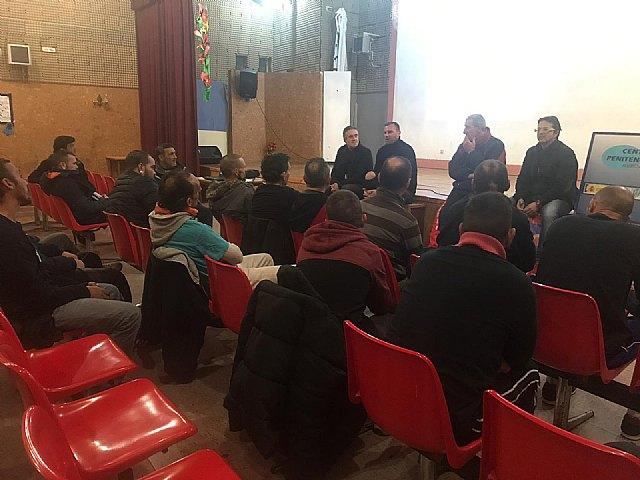 Jornada de deporte terapeútico en C.P. Murcia I, Foto 2