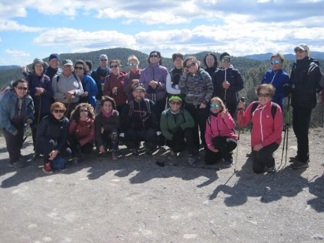 Un total de 28 senderistas participan en una nueva salida a la Sierra de Burete (Cehegín), Foto 1