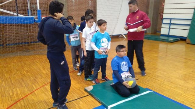"The ""Tierno Galván"" School of Totana participated in the Regional Final of Playing School Sports Athletics - 7"