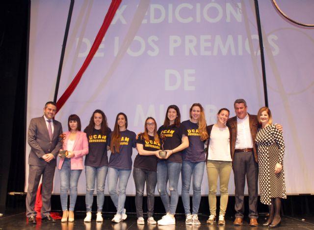 Raquel Toledo y UCAM Jairis reciben los Premios de Mujer 2018, a nivel individual e institucional, en Alcantarilla - 1, Foto 1