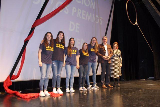 Raquel Toledo y UCAM Jairis reciben los Premios de Mujer 2018, a nivel individual e institucional, en Alcantarilla - 3, Foto 3