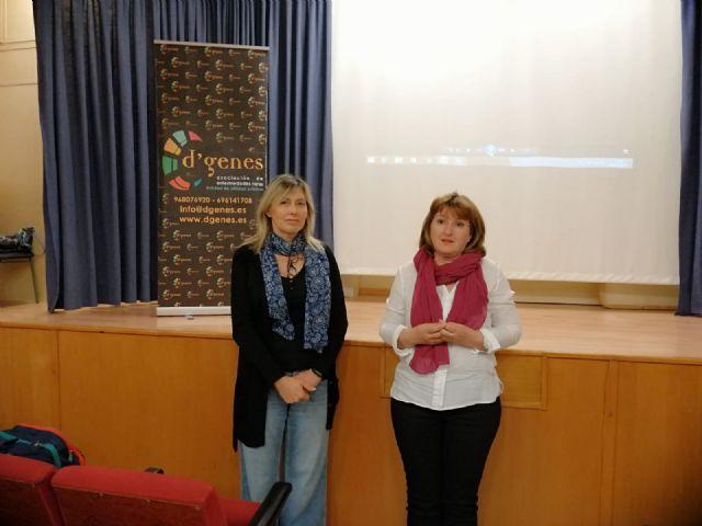 D´Genes imparte una charla informativa sobre enfermedades raras en el IES San Juan Bosco de Lorca