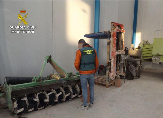 La Guardia Civil detiene en Alhama de Murcia a un agricultor por sustraer aperos de labranza