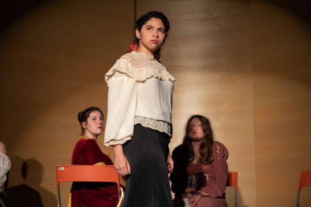 Teatro para reivindicar el papel de la mujer, Foto 2