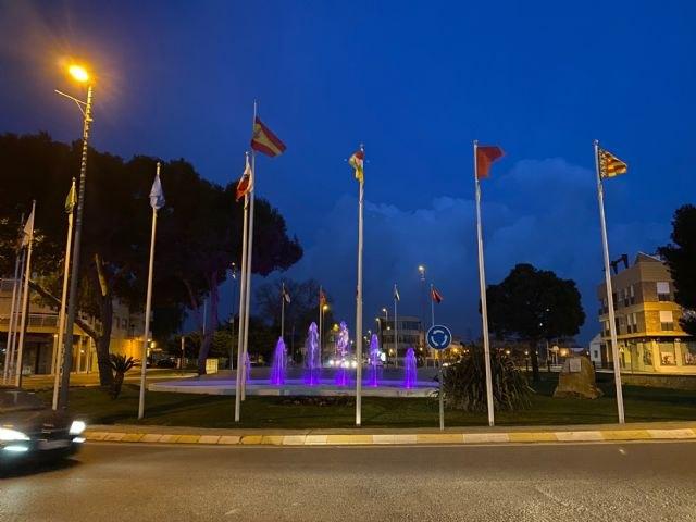 Torre Pacheco se ilumina de morado para conmemorar el Día Internacional de las Mujeres - 1, Foto 1