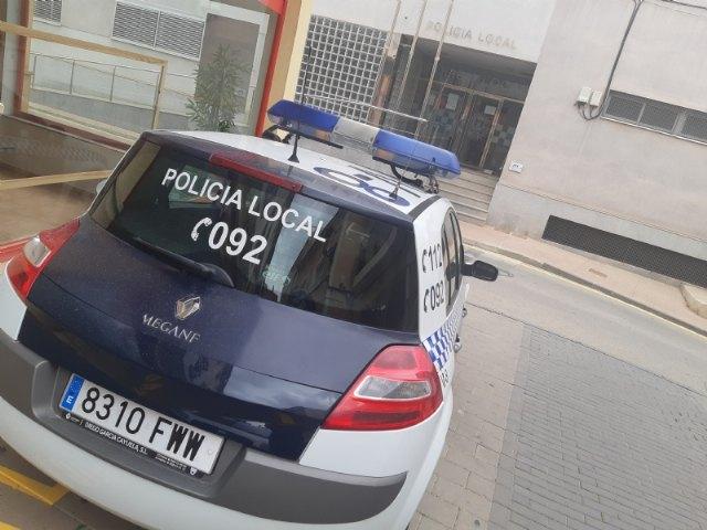 La Policía Local comienza desde hoy y hasta el domingo la campaña sobre vigilancia y concienciación del uso del cinturón de seguridad promovida por la DGT, Foto 1