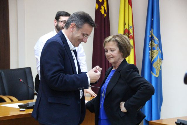 Lola Sánchez se jubila tras más de 35 años de servicio al municipio, Foto 1