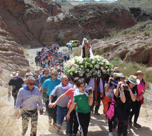 La nueva imagen de la Virgen del Carmen llega a su ermita rodeada por sus fieles seguidores - 2, Foto 2