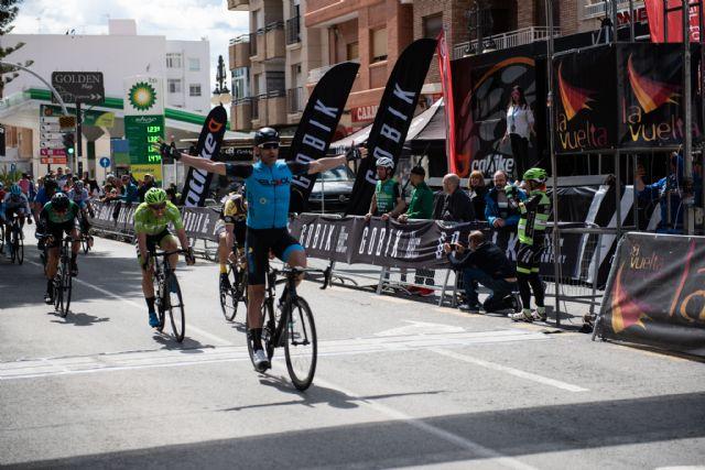 200 ciclistas compiten en la X vuelta a Murcia máster celebrada en Mazarrón, Foto 3