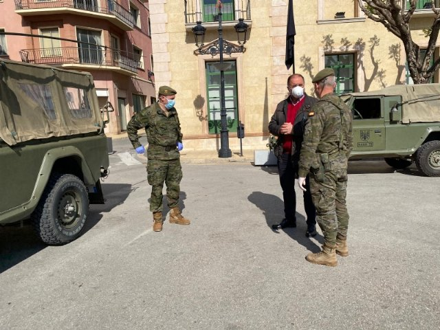 Cartagena Antiaircraft Artillery military are deployed in Totana to strengthen controls on vehicles and the movement of people