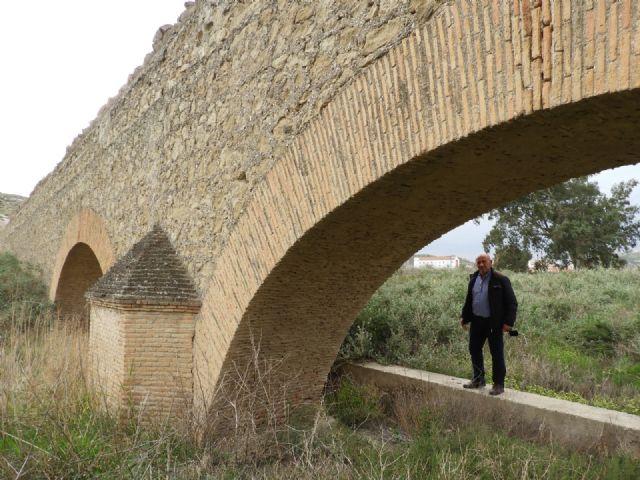 IU exige actuaciones en el acueducto de la Zarzadilla a Lorca que, desde el pasado año, está en la lista roja del patrimonio histórico español - 1, Foto 1