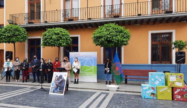 Alcantarilla conmemora el Día Internacional del Pueblo Gitano con el lema 'orgullo, respeto y reconocimiento' - 1, Foto 1