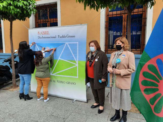 Alcantarilla conmemora el Día Internacional del Pueblo Gitano con el lema 'orgullo, respeto y reconocimiento' - 2, Foto 2