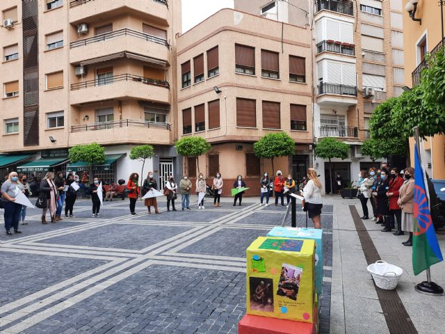 Alcantarilla conmemora el Día Internacional del Pueblo Gitano con el lema 'orgullo, respeto y reconocimiento' - 3, Foto 3
