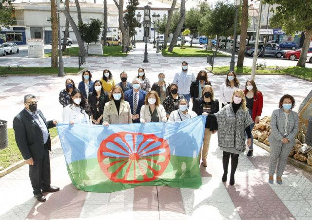 La Comunidad reafirma su compromiso con la inclusión social del pueblo gitano y su cultura - 1, Foto 1