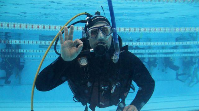 Más de una treintena de personas descubren el buceo recreativo en las piscinas municipales de Puerto Lumbreras - 1, Foto 1