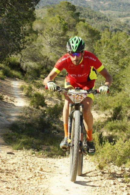 Francisco Cánovas, del CC Santa Eulalia, finaliza 3° m45 en la general final del circuito btt montañas alicantinas, Foto 7
