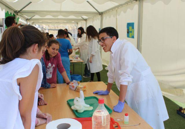 Alumnos del IES Rambla de Nogalte y CEIP Sagrado Corazón participan en el proyecto Monitores de la Ciencia - 2, Foto 2