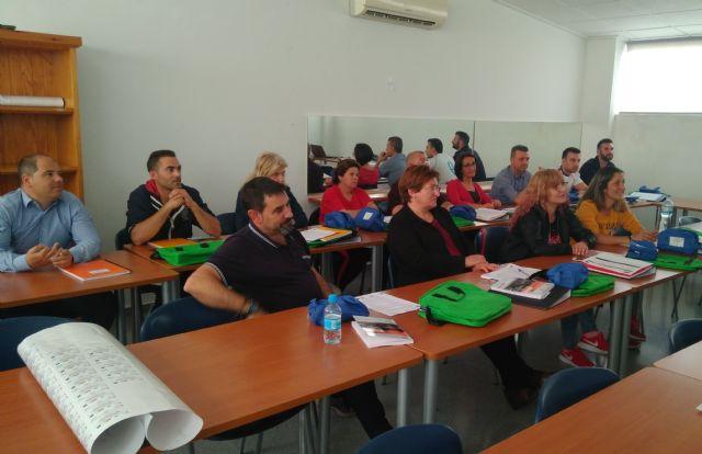 Se inaugura un nuevo Curso-Certificado de Profesionalidad gratuito sobre Limpieza en espacios abiertos e instalaciones industriales, Foto 2