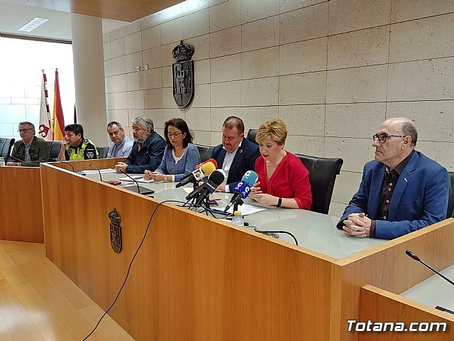 Municipal government and union organizations sign the agreement on working conditions for public employees of the Totana City Council for the period 2019/22